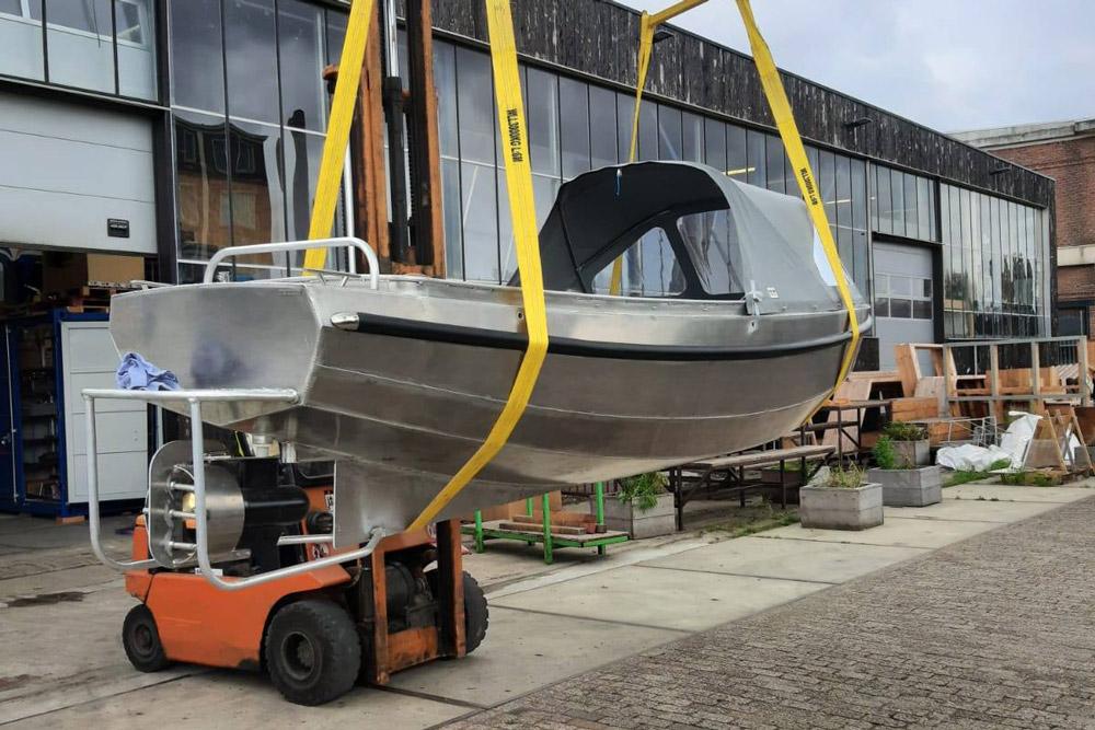 Elektrische boot van duurzaam aluminium